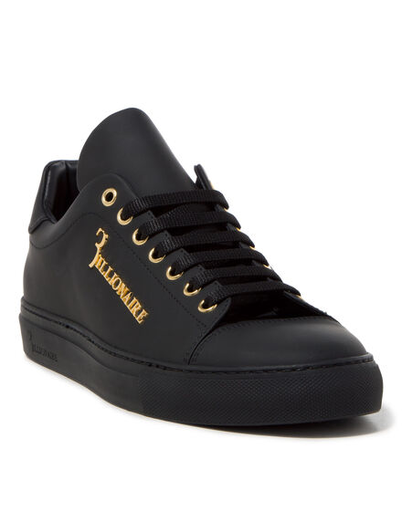 Lo-Top Sneakers sol